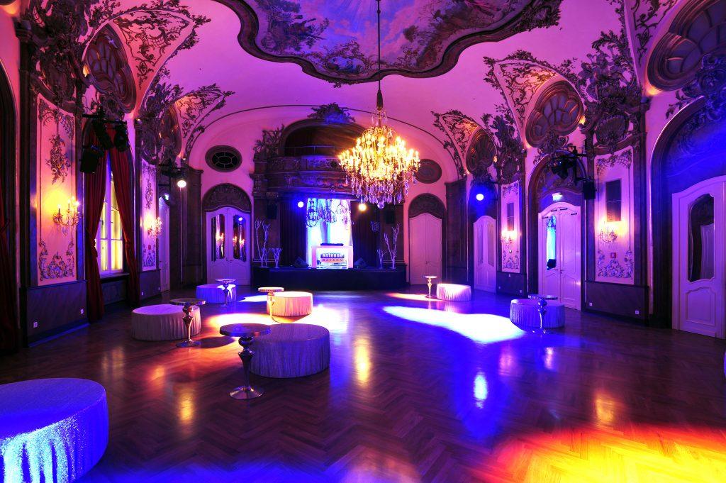 Tango Ball Silbersaal